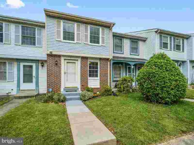 7 Farmcrest CT SILVER SPRING Two BR, updated, meticulously
