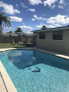 336 E Lake Road Palm Springs Two BR, Pride of ownership in this