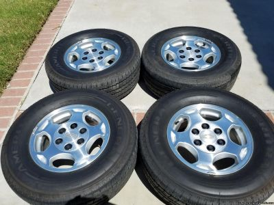 For Sale Like New 16'' Chevy 6 Lug Stock Rims