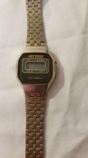 Gold tone watch no clue the operating ability free