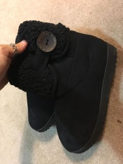 Women s house shoes/boots