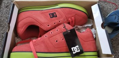 DC Sneakers