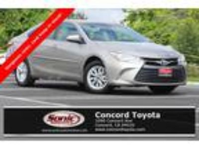 Used 2016 Toyota Camry Gold, 22.6K miles