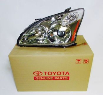 Purchase GENUINE TOYOTA 81150-0E020 DRIVER SIDE HID XENON HEADLAMP FOR LEXUS RX330 04-08 motorcycle in Clermont, Florida, United States, for US $699.95