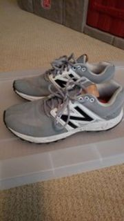mens 7.5 new balance baseball turf shoes