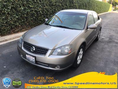 2005 Nissan Altima 2.5 (grey)
