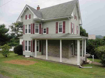 414 Broadway Meyersdale Three BR, The beautiful wood staircase in
