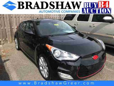 2013 Hyundai Veloster Base w/Red