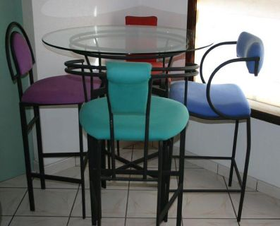 Tall table & chairs