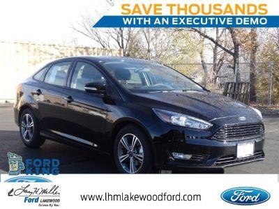 2018 Ford Focus SE (Shadow Black)