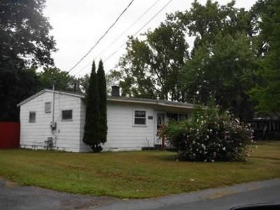 2 Bed 1 Bath Foreclosure Property in Schenectady, NY 12304 - Gifford Rd