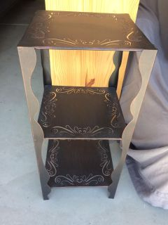 Metal side table / plant stand