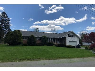 4 Bed 2 Bath Preforeclosure Property in Schenectady, NY 12302 - Havenbrook Dr