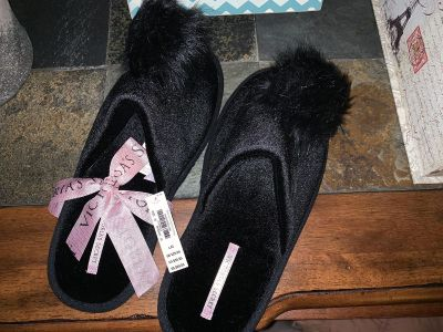 New with tags Victoria s Secret Slippers