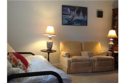 Looking to share house with Single female