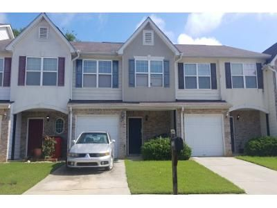 3 Bed 2.5 Bath Preforeclosure Property in Jonesboro, GA 30236 - Georgetown Ct