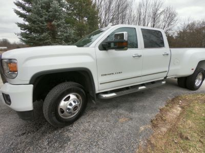2016 GMC Sierra 3500HD CREW DENALI (Summit White)