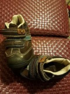 Cherokee size 8 toddler tennis shoes
