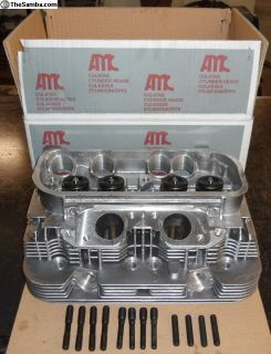 1976-78 New 2.0L Head *Free Shipping 48 States*