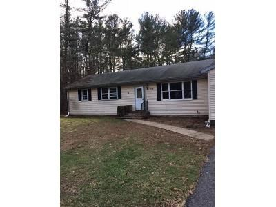 3 Bed 1 Bath Foreclosure Property in Middleboro, MA 02346 - Wood St