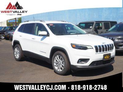 2019 Jeep Cherokee Latitude (Bright White Clearcoat)