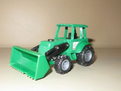 Mighty Wheels Die-Cast Metal Blue Ridge Farm Tractor With Moving Parts Green