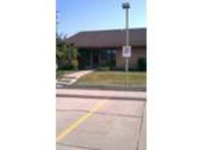 Fort Wayne, 1,744 SF office condo. Income producing