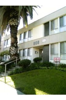 Our Beautiful 1 bed 1 bath apartment in the beautiful city of. Carport parking!