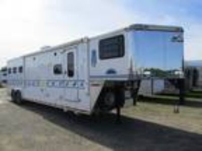 1998 Sundowner Trailers 14' LQ Slide Four Horse 4 horses