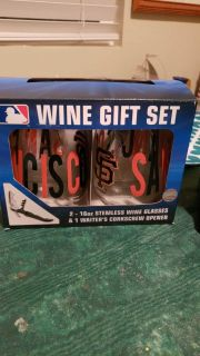 SF Giants Wine Glass and Pint Glass sets