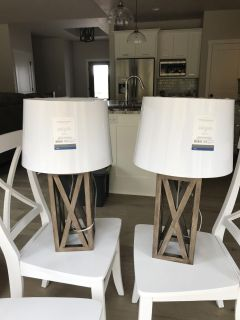 Set of 2 farmhouse lamps and lampshades, never used