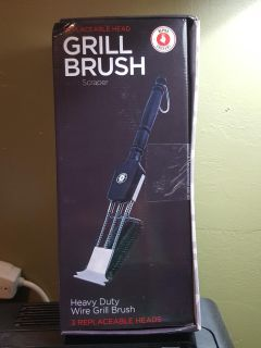 Grill Brush with 2 Replaceable Heads