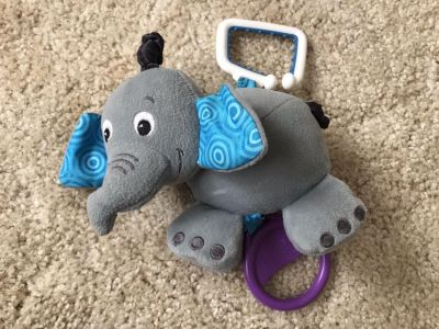 Musical car seat or stroller toy
