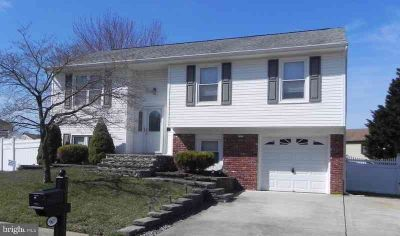 967 N Beecham Rd Monroe Township Three BR, This spacious split