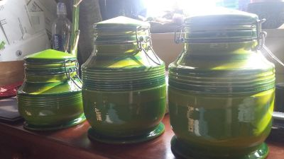 3 Matching Kitchen Canisters