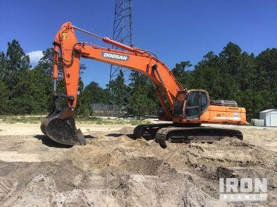 2009 (unverified) Doosan DX520LC Track Excavator