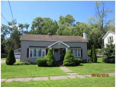 3 Bed 1 Bath Foreclosure Property in Whitesboro, NY 13492 - Foster St