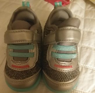 4 month strite orth shoes new