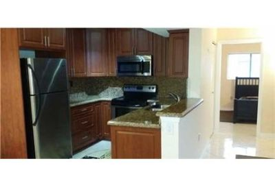 This rental is a Pembroke Pines apartment Palm West.