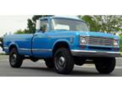 1974 International Harvester Pickup 200 Long Bed