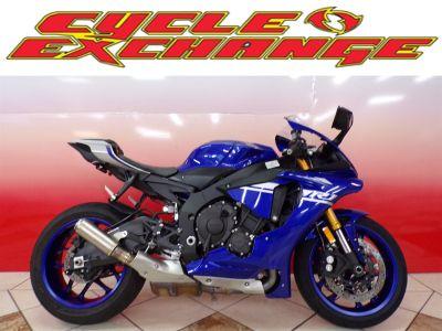 2017 Yamaha R1 (Blue)