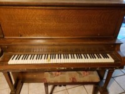 Kohler & Campbell upright antique piano