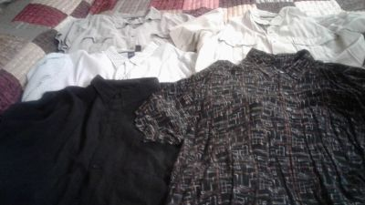 Men's size 4x short sleeve shirts excellent condition 5 for $5