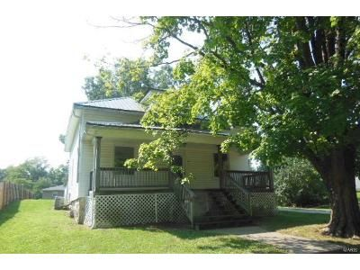 3 Bed 2 Bath Foreclosure Property in Bowling Green, MO 63334 - E Main St