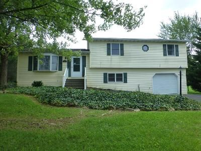 4 Bed 2.5 Bath Preforeclosure Property in Hanover, PA 17331 - Pheasant Ridge Rd