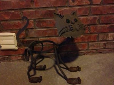 Wrought iron cat planter