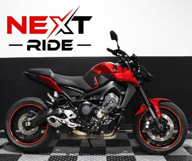 2017 Yamaha MT-09 (Red)