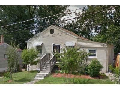 2 Bed 1 Bath Foreclosure Property in Capitol Heights, MD 20743 - Dunbar Oaks Dr