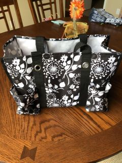 Thirty One Small Tote Black Floral