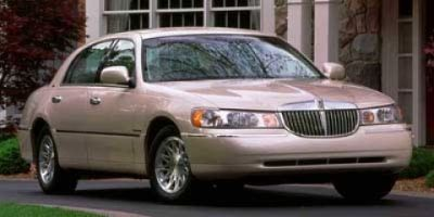 1998 Lincoln Town Car Executive ()